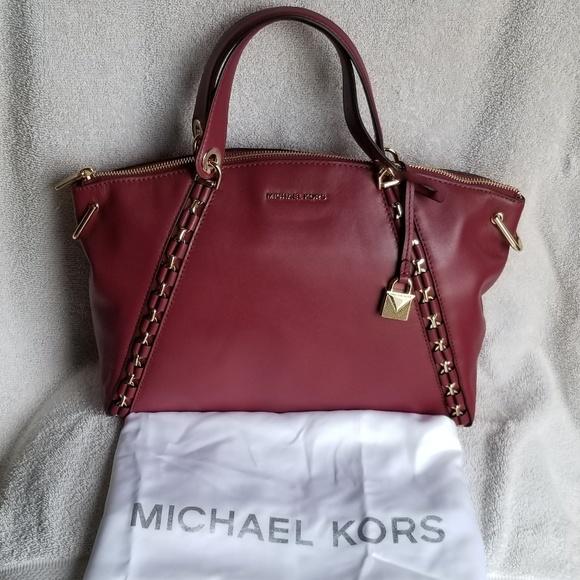 795faf8ef874ec Michael Kors Bags   Nwt Sadie Lg Tz Satchel Leather   Poshmark